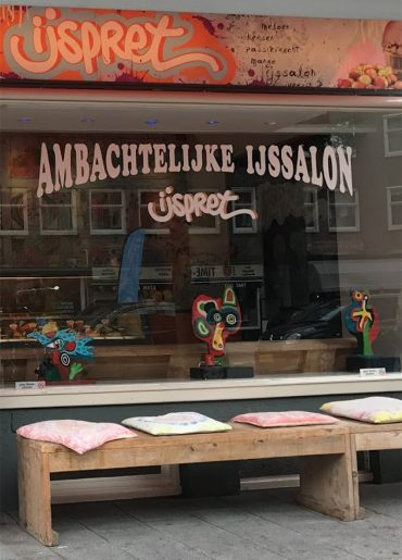 Ambachtelijke ijssalon ijspret - Amsterdam